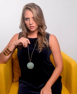 Long life turquoise necklace